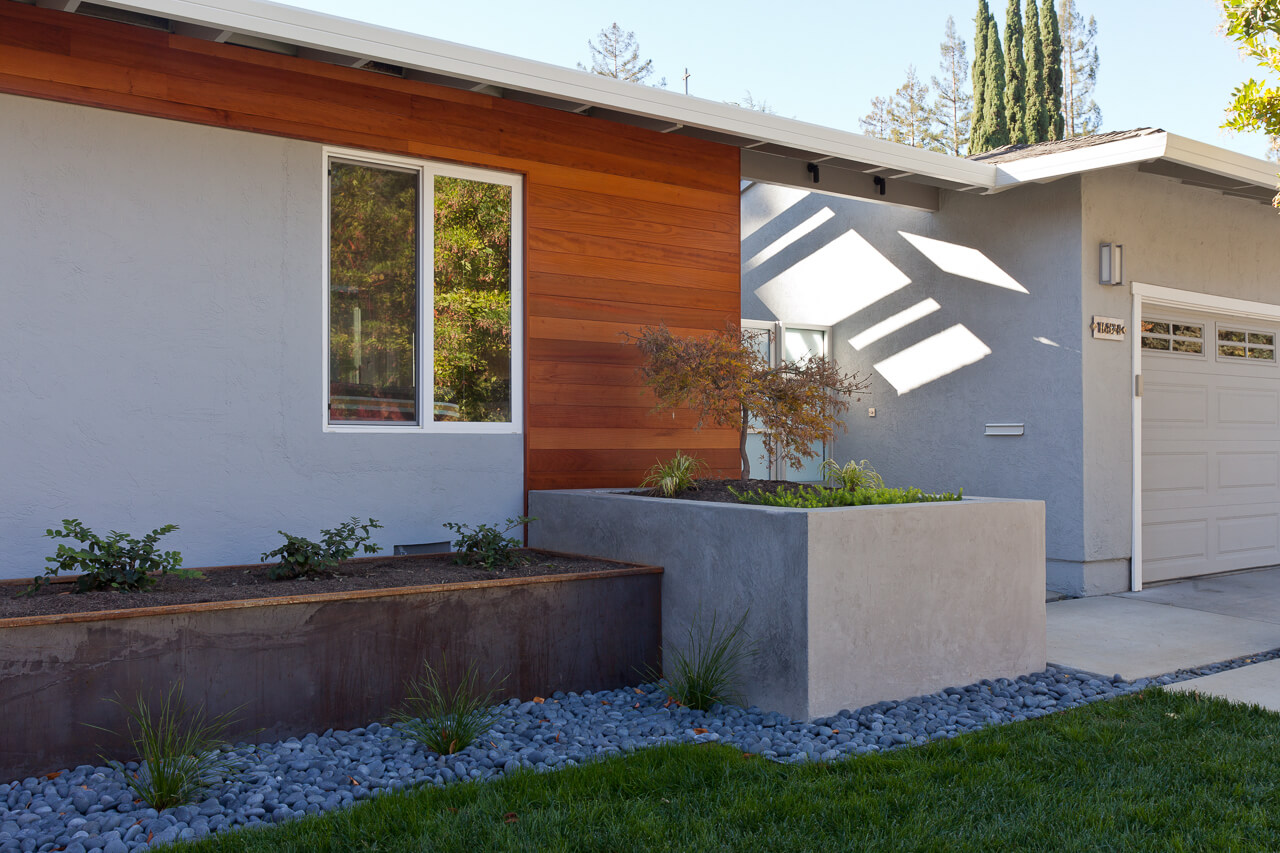 Los Gatos Landscape & Remodel<br/>Architect: Matt Yurus<br/>Photography:<br/>Russell Abraham